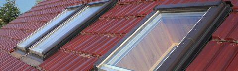 "<a href=""/window-installations/"">Velux Installations</a>"