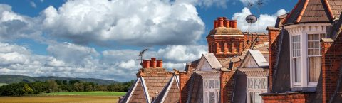 "<a href=""/chimney-repairs#repointing"">Chimney Re-Pointing</a>"